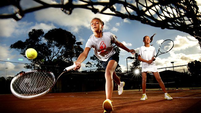 Violet, 13, and her sister Patricia, 11 - (Image Source: Greg Porteous (The Daily Telegraph)